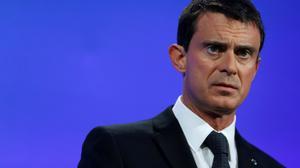 """France: """"Nous devons défendre le bilan"""" du quinquennat et """"je le ferai"""" (Valls)"""