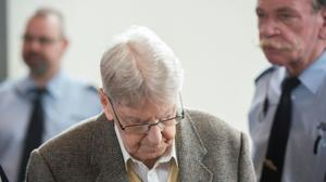 Trial of Ex-SS guard, 94, begins in Germany over Auschwitz killings