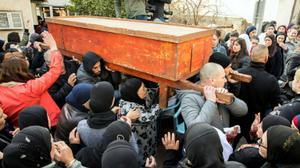 Des milliers de personnes se sont rendues aux funérailles de Lian Zaher Nasser