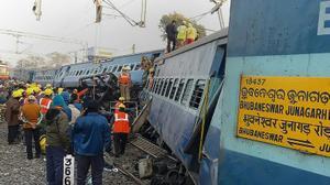 Latest India rail disaster kills 32