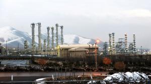 Nucléaire: l'Iran démantèle le cœur du réacteur à eau lourde d'Arak