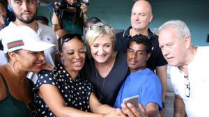 A Mayotte, le grand chef des religieux musulmans adoube Marine Le Pen