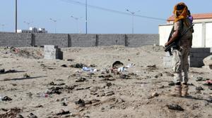 At least 40 soldiers dead in Yemen suicide blast