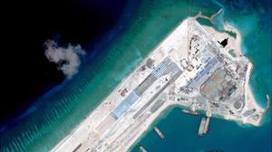 مجهر البنتاغون لا يتزحزح قيد انملة عن بحر الصين، ولكن