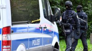 German police conduct raids in ten states against suspected IS sympathizers