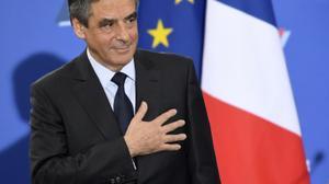 France/Popularité: Valls en hausse, Fillon en tête des personnalités (sondage)