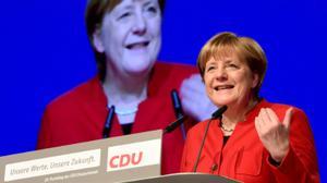 Merkel launches election bid calling for burqa ban