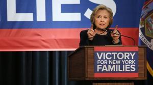 """Clinton: il est nécessaire de maintenir """"l'espoir de paix"""""""