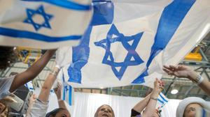 Another 5,000 Jews quit France for Israel: agency