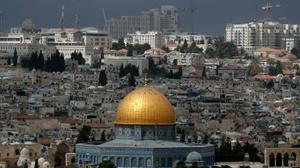 """السفير الفلسطيني: """"سنمرمر"""" حياة الأمريكيين اذا نقلوا سفارتهم إلى القدس"""