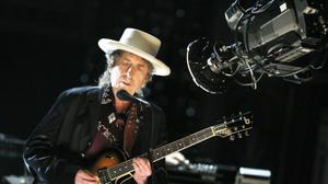 بوب ديلن يحصد جائزة نوبل للآداب للعام 2016