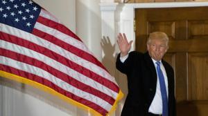 ترامب يهدد بسحب جنسية أو حبس كل من يحرق العلم الأمريكي
