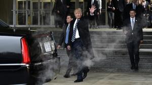 ترامب يستهل الرئاسة بأول صفقة سلاح للخليج بنحو مليار دولار