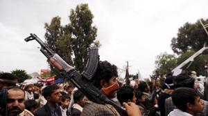 الحوثيون يفرجون عن أميركيين اثنين في اليمن بوساطة عُمانية
