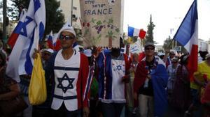 Des milliers de supporters d'Israël manifestent à Jérusalem