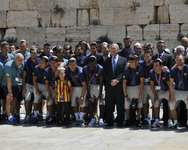 Tourism Minister Dr. Uzi Landau presented a Goodwill Ambassador for Israel certificate to Sandro Rosell, the President of Barcelona FC which is currently visiting Israel. During their visit to the Western Wall, the minister met the team, including Lionel  ( Photo Credit: Gilad Zamir Courtesy of Israel Tourism Ministry )