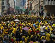 Protestors gather demanding the ouster of Malaysian Prime Minister Najib Razak and electoral reforms in Kuala Lumpur on August 29, 2015 ( Mohd Rasfan (AFP) )