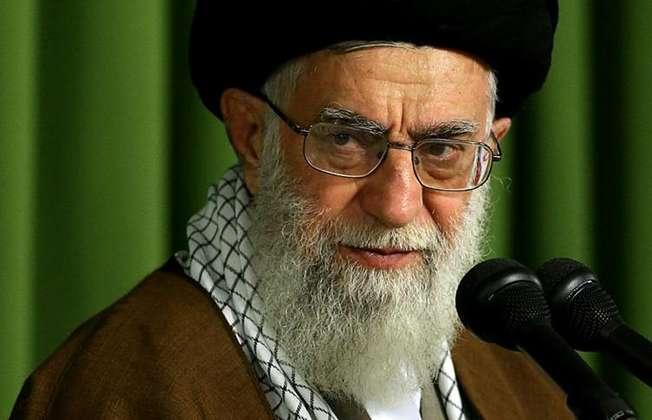 Iran's supreme leader Ayatollah Ali Khamenei speaks to lawmakers in Tehran, on May 27, 2015 (Iranian Supreme Leader/AFP)