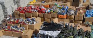 Israeli police seize containers filled with explosives, November 12, 2014 (Israeli police)