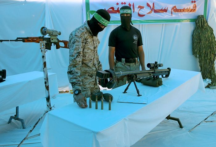 Hamas trained 120.000 children to become Islamic