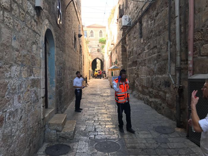 Netanyahu: Temple Mount to reopen Sunday, new security measures to be introduced