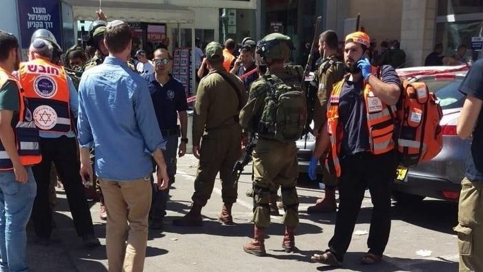 Palestinian stabs Israeli to death in busy West Bank mall