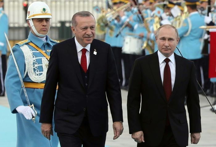 Putin and Erdogan launch construction of Turkey's first nuclear reactor