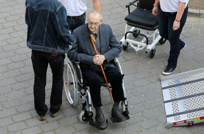 Tags: hubert zafke | nazi | ss | medic | auschwitz | trial