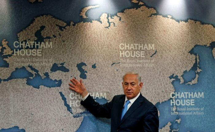 ADRIAN DENNIS (AFP)