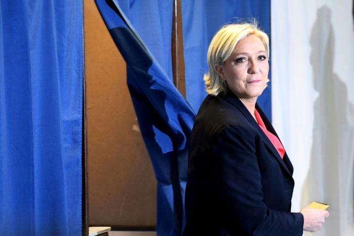 Le Front national fait retirer une expo sur la Shoah — Vannes