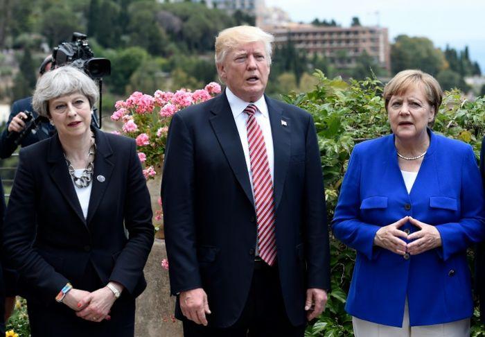 STEPHANE DE SAKUTIN (POOL/AFP)
