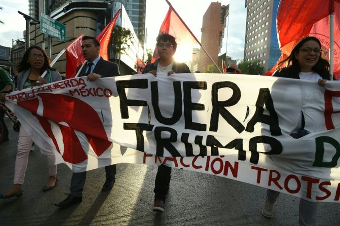 Thousands protest Trump in Mexico City