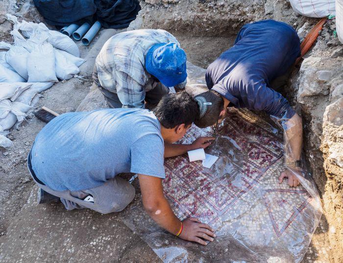 Assaf Peretz, Israel Antiquities Authority