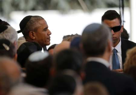 US President Barack Obama (L) attends the funeral of former Israeli president and Nobel Peace Prize winner Shimon Peres at Jerusalem's Mount Herzl national cemetery ( Thomas Coex (AFP) )