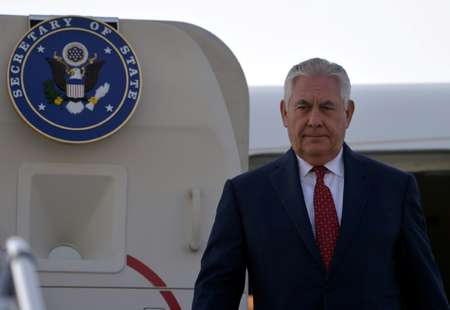 Le secrétaire d'Etat américain Rex Tillerson, arrivant sur la base de Nur Khan, à Islamabad, le 24 octobre 2017 ( AAMIR QURESHI (POOL/AFP) )