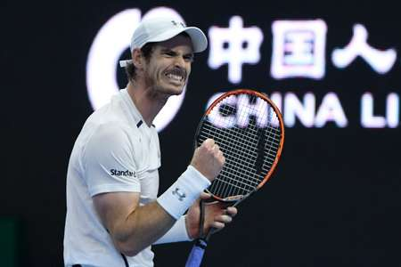 Britain's Andy Murray celebrates victory against compatriot Kyle Edmund in the China Open quarter-finals in Beijing on October 7, 2016 ( Wang Zhao (AFP) )