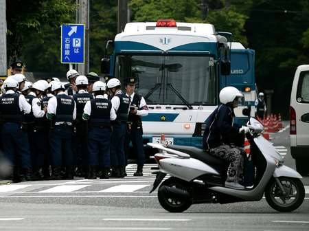 Security was tight ahead of the Ise-Shima G7 Summit, with thousands of extra police drafted in to patrol train stations and ferry terminals ( Manan Vatsyayana (AFP) )