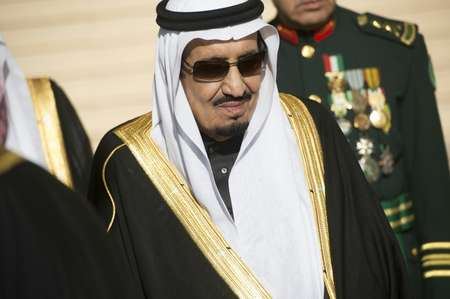 Saudi Arabia's King Salman will holiday in France with an entourage of more than 1,000 people ( Saul Loeb (AFP/File) )