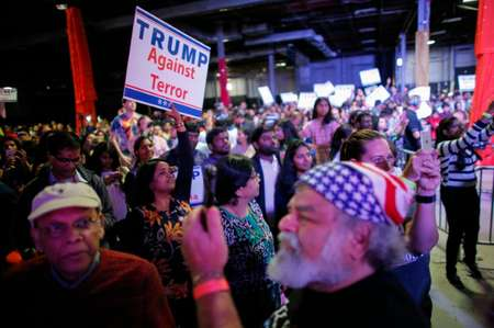 Supporters of Republican presidential candidate Donald Trump listens as he speaks on October 15, 2016 in Edison, New Jersey ( Kena Betancur (Getty/AFP) )