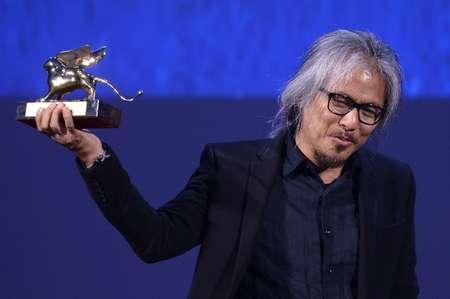 لاف دياز مؤلف ومخرج الفيلم