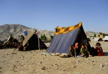 The drought in Afghanistan has worsened an already dire humanitarian situation, compelling some families to sell their daughters to pay off debt or buy food. At least 161 children were sold between July and October, according to Unicef ( HOSHANG HASHIMI (AFP) )