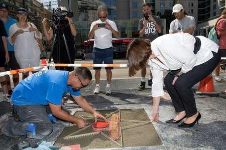 Vince Godinez (G), le fabricant de l'étoile et Ana Martinez (D), productrice du