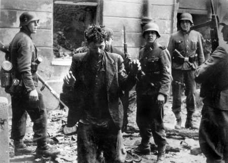 Fighters in Warsaw Ghetto Uprising were heroes: president