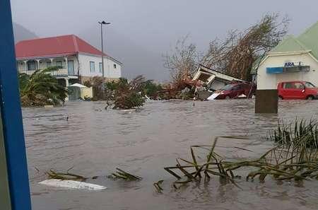 Photo diffusée sur le compte Facebook de Kevin Barrallon, le 7 septembre 2017, montrant une rue inondée à Gustavia, sur l'île de Saint-Barthélémy, après le passage de l'ouragan Irma  ( Rinsy XIENG (TWITTER/AFP) )
