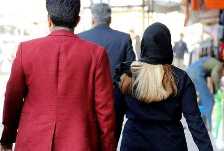 Une Iranienne circulant à Téhéran le 7 février 2018 ( ATTA KENARE (AFP) )
