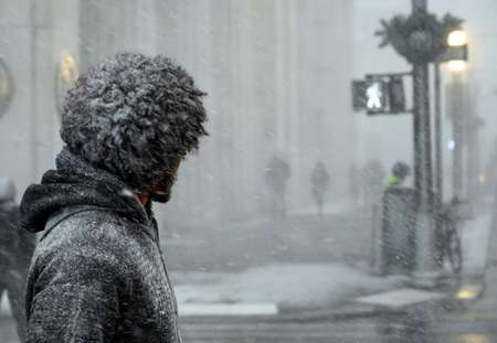 Polar vortex: Death toll rises as Arctic conditions paralyse US Midwest