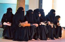 Saudi women to start own businesses without male permission