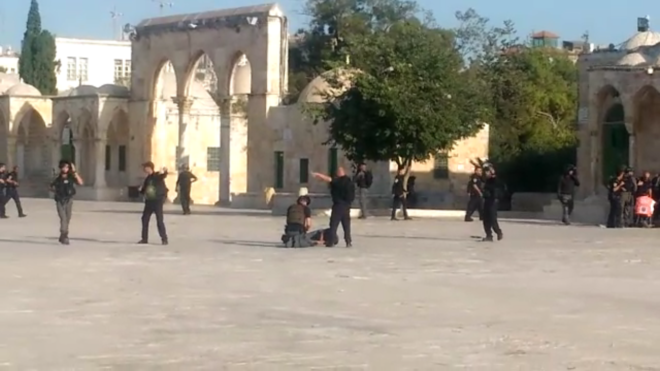 Shooting attack near Jerusalem's Temple Mount 'claims several casualties'