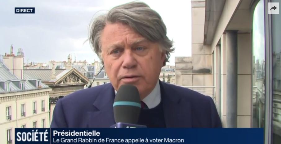 Gilbert Collard (FN) regrette le soutien du grand rabbin de France à Macron