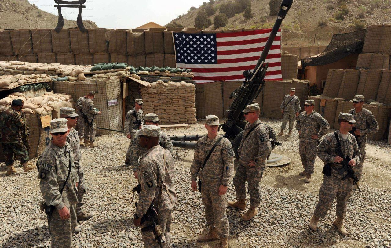 دمشق تتهم القوات الأمريكية بقصف قواتها انطلاقا من قاعدة التنف - I24news